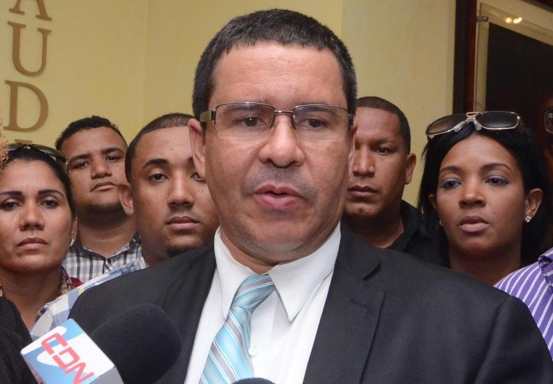 Resultado de imagen para Exfiscal dominicano es condenado a 1 año prisión suspendida por acoso sexual